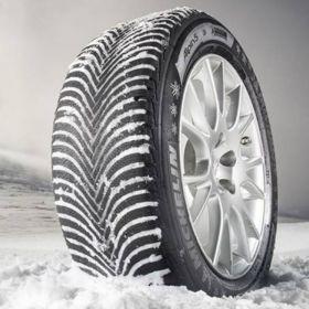 Czy warto zakładać opony zimowe do auta z napędem 4x4?